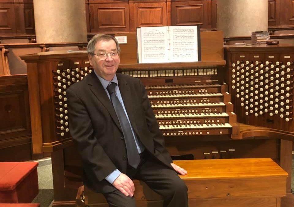 Organist Hans Hielscher in Concert