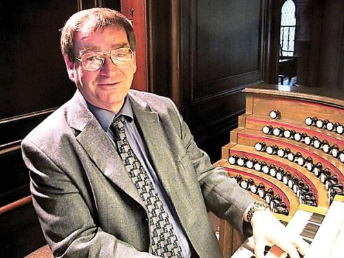 German Organist to Open New Season